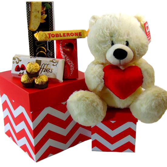 Gift Tower Bear